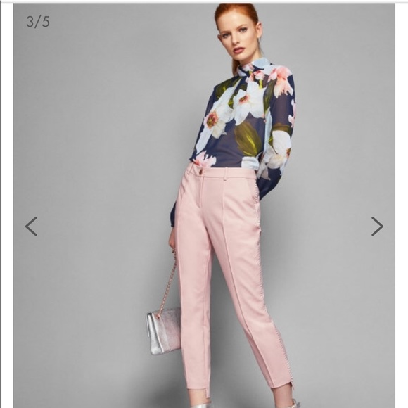 ed653a2140e047 Ted Baker Baby Pink Trousers. M 5b6799eee9ec8987f5ed3ba5
